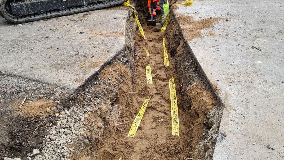 Требуются специалисты по строительству наружных земляных электрических трасс